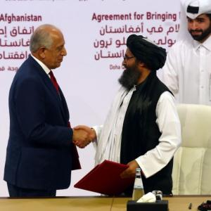 US, Taliban sign peace agreement to end 18-yr war