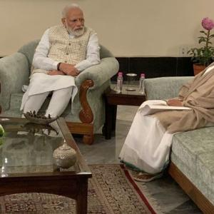 Mamata meets PM Modi, asks him to rethink CAA