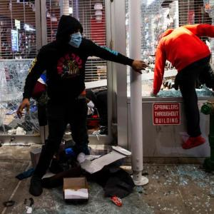Curfew imposed in NYC as protesters loot stores