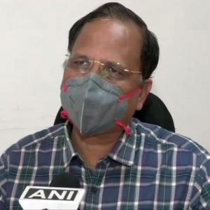Satyender Jain's condition worsens, shifted to Max