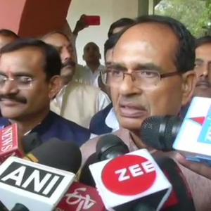 Ex-MP CM Shivraj moves SC seeking floor test