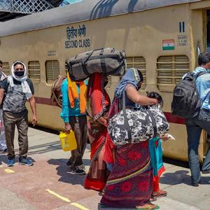 Centre-Bengal engage in fresh tussle over migrants