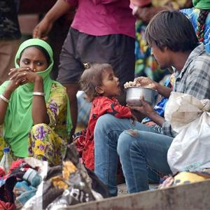 Provide food, shelter to migrant: MHA to states
