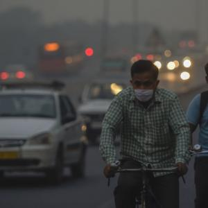 Pollution levels in Delhi highest since Nov last year