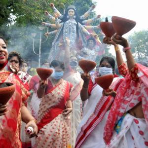 Calcutta HC bars entry to Durga puja pandals