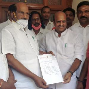 2 more MLAs quit in Pondy; govt's strength drops to 11