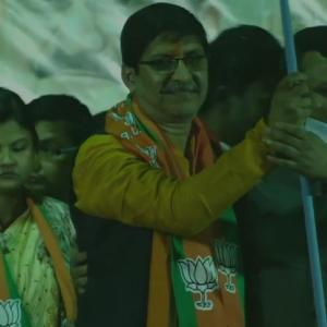 Suvendu's brother, 14 TMC councillors join BJP