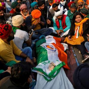 1 dead as farmers' R-Day tractor parade turns violent