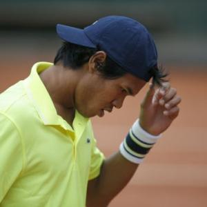 Sports Shorts: Somdev makes first round exit from French Open