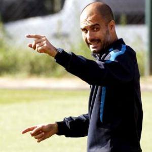 Barcelona want Guardiola to emulate Alex Ferguson