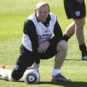 Rooney edges Ronaldo for place in WC Dream Team
