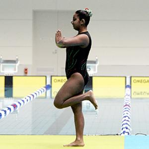 Synchro swimmer Avani Dave gets tips from YouTube!
