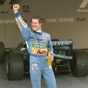 Schumacher marks 20 years on the F1 circuit