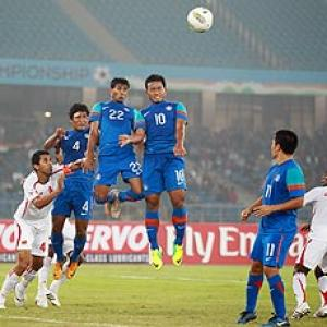 Chhetri, Jeje on target as India drub Lanka 3-0