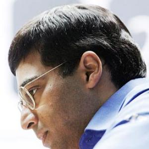 Vishy Anand draws with Nakamura, stays fifth