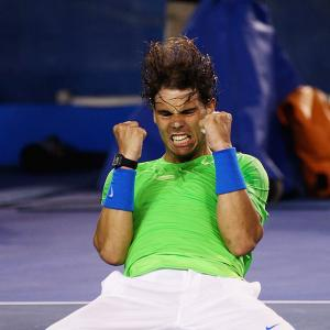 Aus Open: Nadal edges Federer in Melbourne thriller
