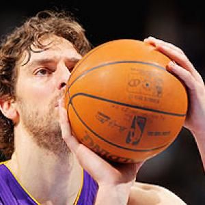 NBA: Lakers oust Nuggets, Celtics hold off 76ers