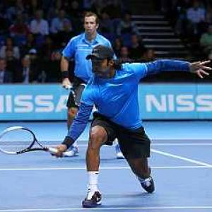 Paes-Stepanek beat Bryans for third win on the trot