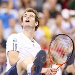 US Open: Murray, Williams and Federer reach quarters