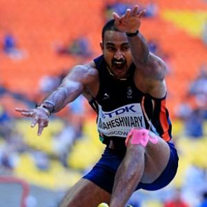 Renjith, women's 4x400m relay team flop as India draw a blank