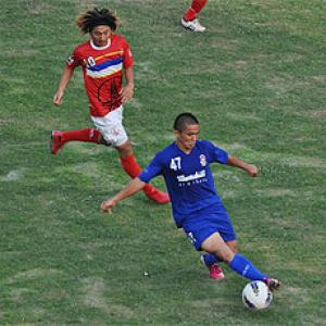 I-League: Churchill top table after draw with ONGC