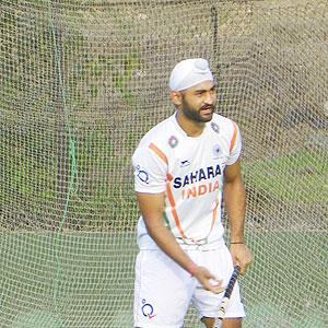 FIH World League: Sandeep, Shivendra return; Danish out