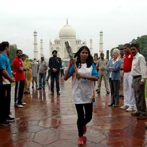 CWG 2014: Queen's Baton showcased at India Gate