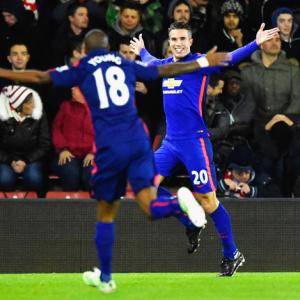 EPL PHOTOS: United beat Southampton to go third