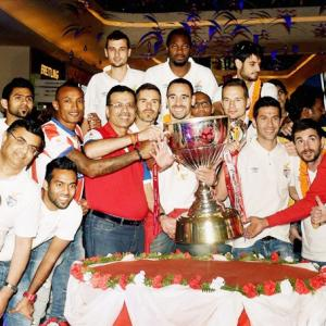 Heroes welcome for ISL champions Atletico de Kolkata