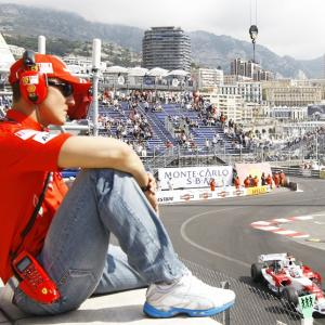 F1 legend Schumacher needs a 'miracle' to stay alive