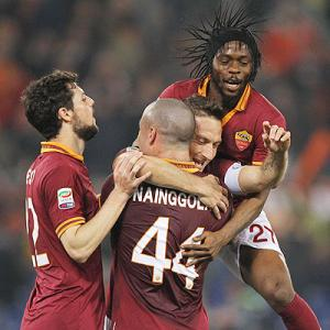 Serie A: Totti returns from buttock injury to help Roma win