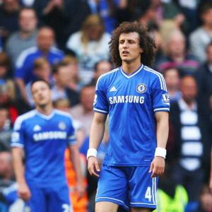 EPL PHOTOS: Chelsea's slim hopes of title all but over
