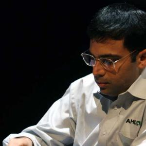 Candidates Chess: Anand draws with Aronian; Karjakin catches up