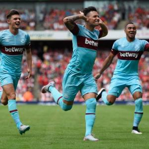 Arsenal optimism punctured as West Ham claim shock win