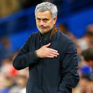 Will Mourinho replace Van Gaal as Man United manager?