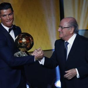 Ronaldo wins Ballon d'Or award again