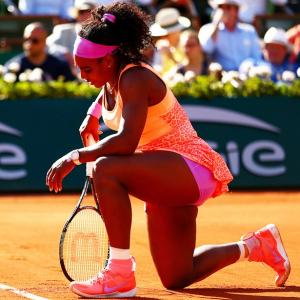Sorry I am sick, says Serena but squeezes into final