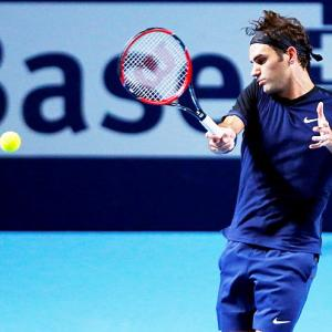 Tennis round-up: Federer in Basel semis after being stretched by Simon