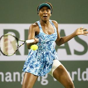 Charleston: Venus powers on, while it's curtains down for Bencic