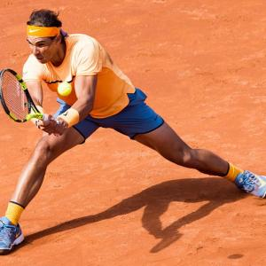 Barcelona Open: Nadal sees off troublesome Fognini