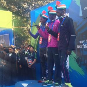 Kenyan Kipketer sets new course record time to win Mumbai Marathon