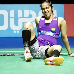 I played with a heavily strapped knee: Saina