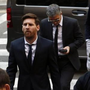 Messi should be acquitted for tax evasion, says prosecutor