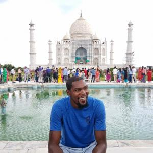 NBA star Durant aplogises to India for '20 years behind' comment