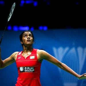 World C'ships: Sindhu assures India a medal; Srikanth knocked out