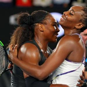 Venus draws on spirit of Serena in Wimbledon quest