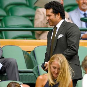Who do you think Tendulkar is cheering for?