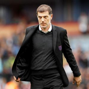West Ham United sack manager Slaven Bilic