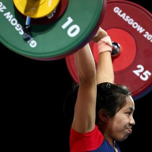 India's medal hope, Mirabai Chanu pulls out of Asian Games