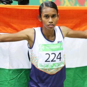 Chitra, Lakshmanan strike gold at Asian Indoor - Rediff ...